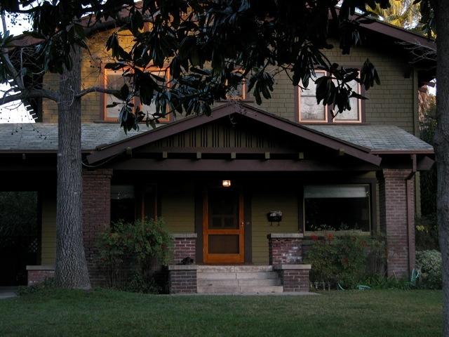 Craftsman home remodeling pasadena homes for Pasadena craftsman homes