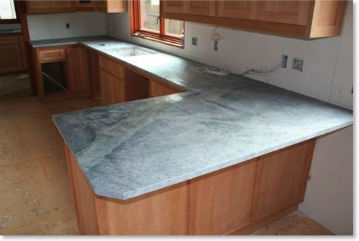 Kitchen soapstone is installed